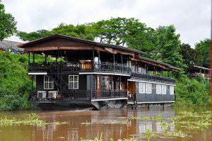 Cruising Laos